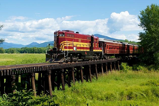 Conway-Valley-Train.jpg