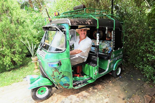 Jerry-Sri-Lanka-Moped-Tuk-Tuk-Auto-Rickshaw.jpg